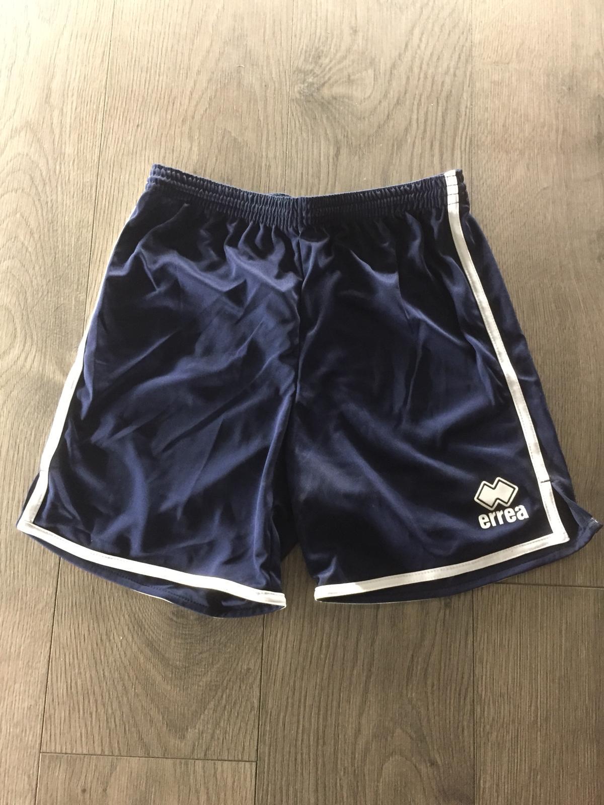 Navy Errea badminton shorts boys XS